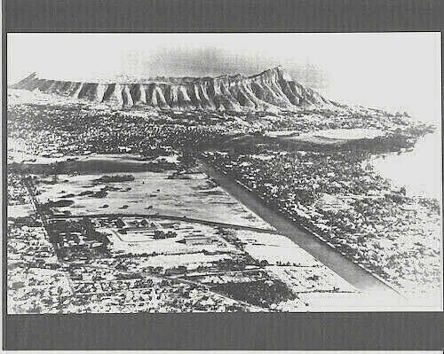 AERIAL VIEW OF DIAMOND HEAD/WAIKIKI 1930-40