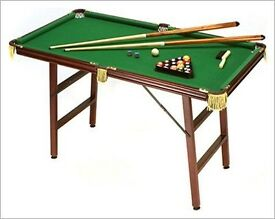 Small Pool table set £45 quick sale