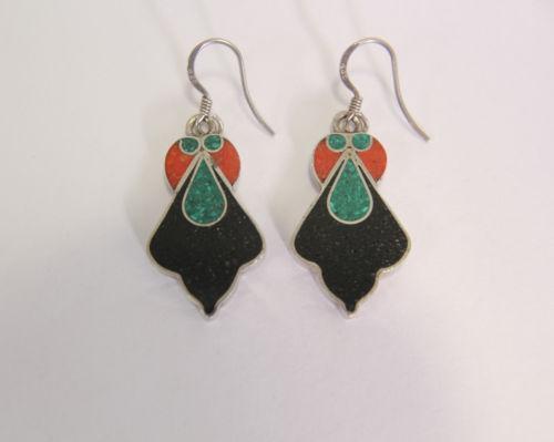 vintage green earrings jpg 1500x1000