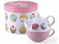 Creative Tops Iced Fancies tea for one gift set includes Teapot, porcelain cup. Box. NEW Pink tartan