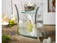 Hestia Lily Glass Tealight Holder (NEW)