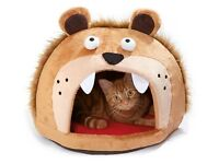 New Lion's Head Cat Bed