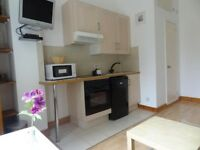 -Newly refurbished studio flat in Earls's Court (West Cromwell Road) for £330pw