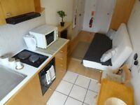 -Cosy studio in Earl's Court (Penywern Road) for 300pw *ALL UTILITY BILLS INCLUDED*