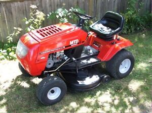 Wanted free or cheep lawn tractors.
