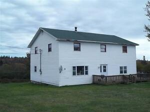 6 bedrooms 2 bath with barn and 11 acres of land for sale