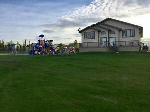Beautiful Town home next to parks in Legal near Morinville