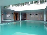 @ Stunning one bedroom apartment in modern development - pool & gym - close to DLR & Canary Wharf!