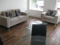 1 bedroom flat in Comro Building, Limehouse E1