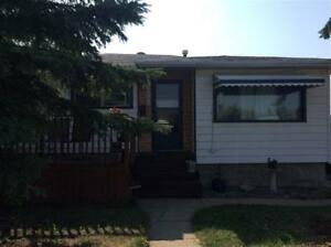 Well maintained property for sale in the Killarney area!