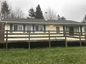 just listed 2 bedroom bungalo with large barn