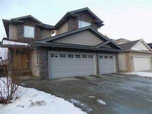 REDUCED-A GEM IN MACTAGGART!!!! 5-BDRM HOUSE WITH TRIPLE GARAGE