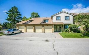 Spacious End-Unit Located In A Great Complex! 3 Bedrooms