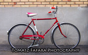 Thin Tires, Red Hybrid Vintage Cruiser, 3-Speed, Ready-to-Ride