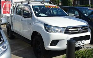 2015 Toyota Hilux GUN136R SR Hi-Rider White 6 Speed Manual Dual Cab Utility Ulladulla Shoalhaven Area Preview