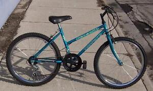 "Triumph Ravine Girl's 24in. Wheel ""REFURBISHED"""