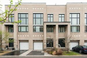 Power of Sale : Luxury 3 storey town home in  Kanata's