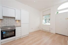 Newly Refurbished 2 Bed Flat (1 room available) - in Great Location
