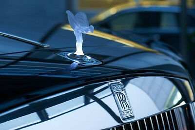 ROLLS ROYCE WRAITH ILLUMINATED SPIRIT OF ECSTASY OEM# 2361746