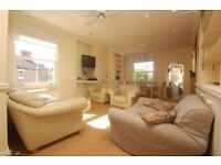 Call Brinkley's today to view this well-presented, three bedroom, maisonette. BRN1898529