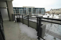 *** Beautiful corner unit with large TERRACE in Thornhill ***
