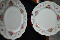 "Royal Albert China 10"" dinner plates"