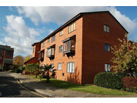 Call Brinkley's today to see this large, newly-refurbished, studio flat. BRN1003652