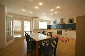 Detached 3 Double Bedroom House for Sale - Large Kitchen Dining - Enclosed Garden - Invergordon