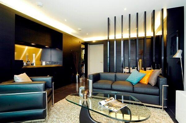 -Superb studio apartment in 25th floor of Pan Peninsula in E14!
