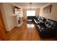 Single Room to let in Glasgow Clydebank - Faifley area in large 4 bedroom split level flat.
