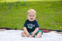 Book a 1st birthday session for your little one!!
