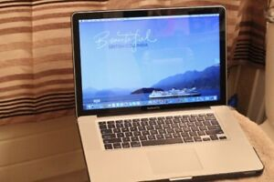 """MacBook Pro 15"""" Mid 2010 / 240 GB SSD / New Battery / Works Well"""