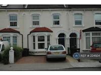 2 bedroom flat in Cranston Road, London, SE23 (2 bed)