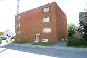 1 Bedroom Suite- Market Area- Ottawa U- Guigues Ave