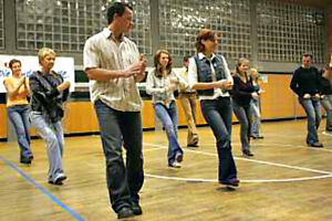 Modern Line Dancing, Partners Dance Lessons, and Dance Fitness Cambridge Kitchener Area image 1