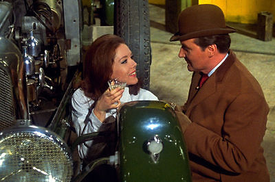 PATRICK MacNEE & DIANA RIGG UNSIGNED PHOTO - 4753 - THE AVENGERS