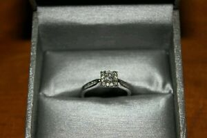 Size 7 0.5 KT diamond with 14KWG engagement band