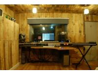 1 to 1 Music production tuition.