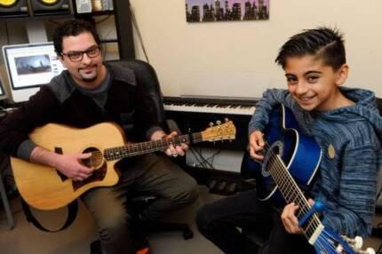 Guitar Lessons- Pakenham Lakeside