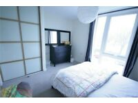 ***Two Bedroom Apartment Minutes from Brixton Station Only £340.00pw**