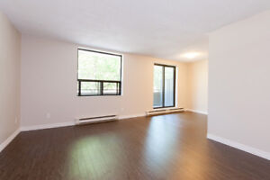 Pet Friendly 1 & 2 Bed Apt - Fitness Centre Included!