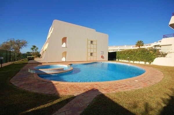 2 Bedroom Apartment - Holiday Rental in Vilamoura, Algarve