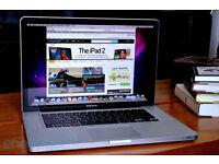 """MacBook Pro 15"""" - 2.2 GHz Intel Core i7 - 16 GB - 250 GB SSD"""