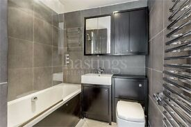 REDUCED 3 BED NEW APARTMENT 2 BATHROOMS CONCIERGE AND OUTSIDE SPACE!!!!!!!!!!!!!!!!!!!!!