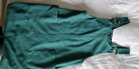 green new look dress size 6 with pockets