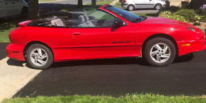 year 2000 Pontiac Sunfire Convertible