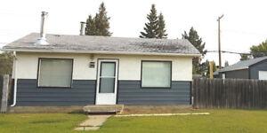 Cosy Bungalow for Sale 292 21st Street, Battleford