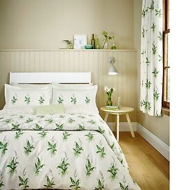 Sanderson floral duvet cover and 2 pillow cases. Floral Lily of the Valley 'Muguet'