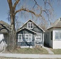 Available Immediately......2 BR house on SELKIRK AVE