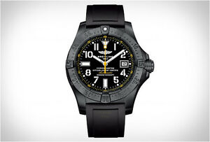 Montre swiss Avenger Breitling Blacksteel Code Yellow